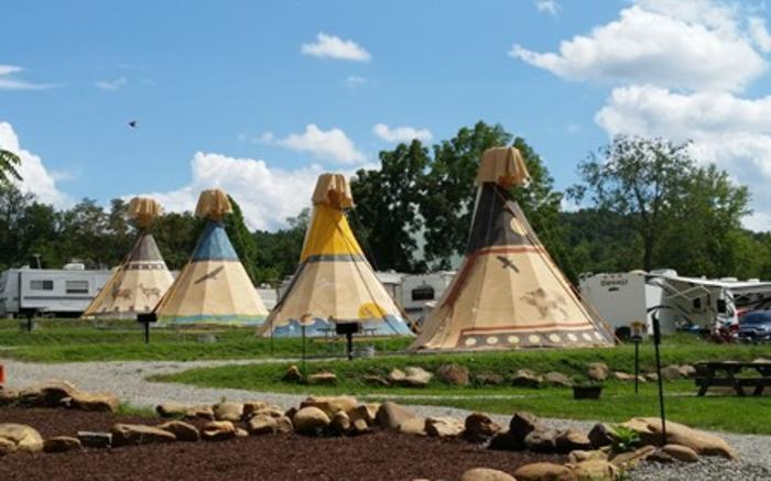 Sioux replica Indian Tipi