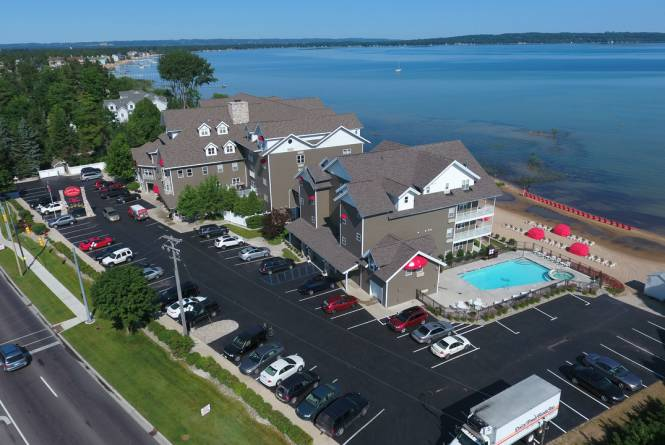 Aerial View of Cherry Tree Inn on East Bay