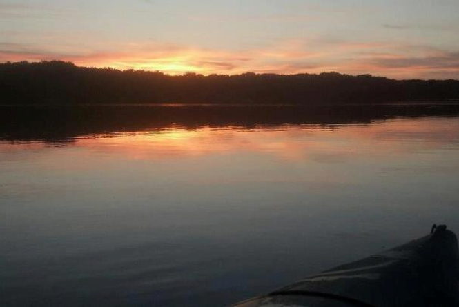 A romantic sunset on Lake Dubonnet