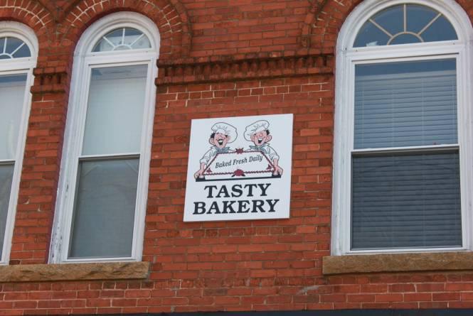 Tasty-Bakery-Graham-2.jpg