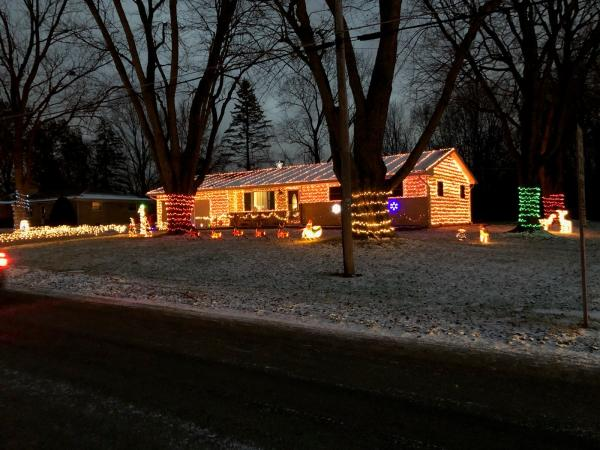 4728 Willow Brook Drive_Best Christmas Light Displays in Fort Wayne, Indiana