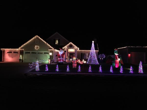 Best Christmas Light Displays in Fort Wayne, Indiana - 7317 Holden Drive