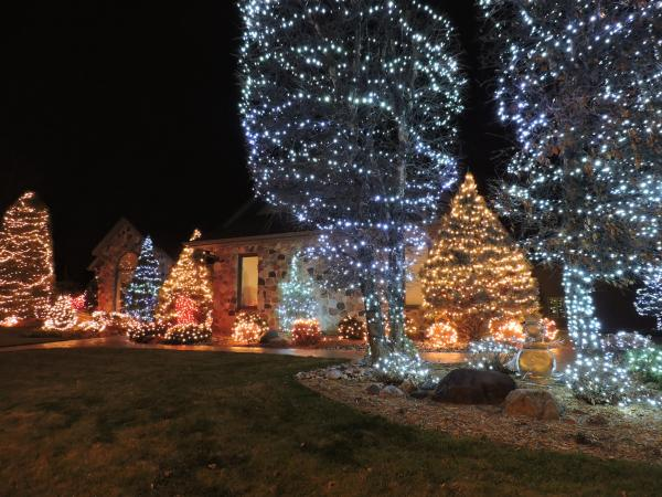 Best Christmas Lights Display - Willowind Trail