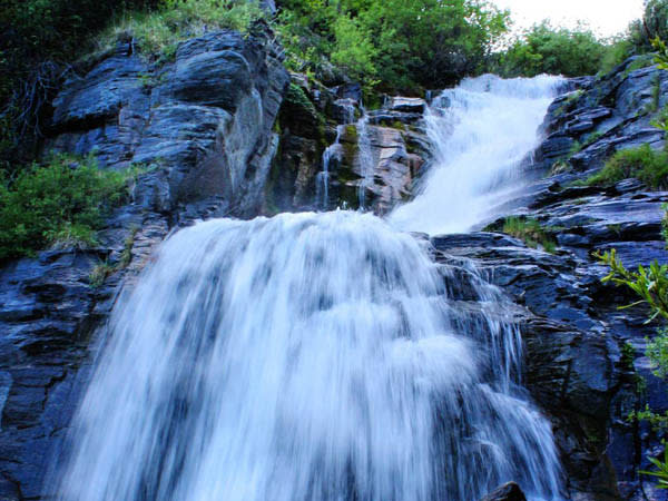 10 Waterfalls in Utah Valley that Will Take Your Breath Away - Timpanogos Falls