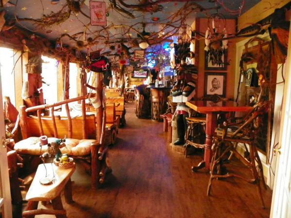 Lounge at Luna Del Sol