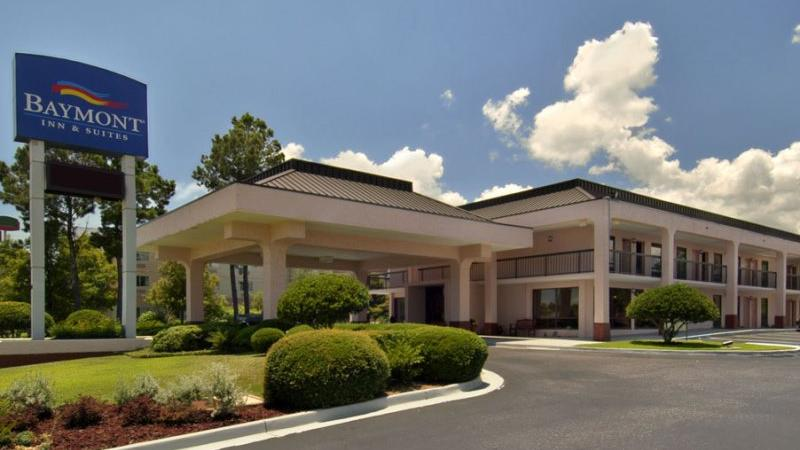 Baymont Inn and Suites I-65