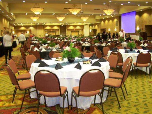 banquet-setup.jpg