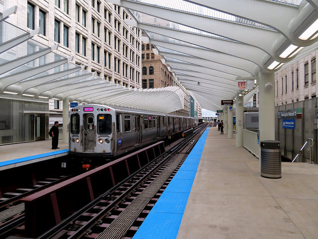 Washington/Wabash CTA Opening Day