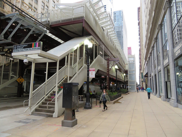 Washington/Wabash Exterior Shot