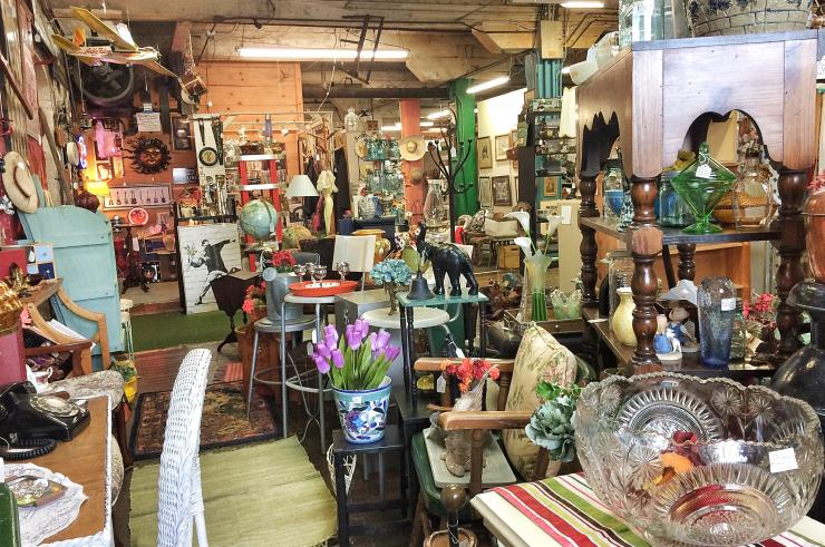 Warehouse One Antiques Shop