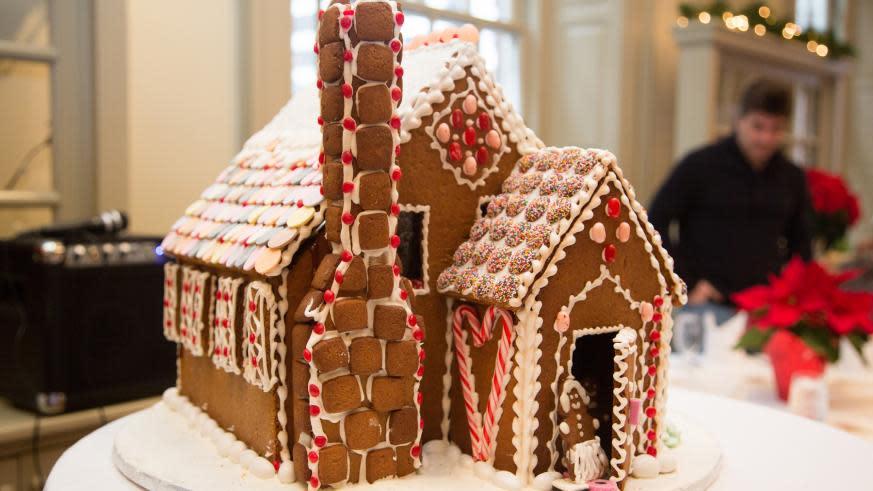 Davio's Galleria Gingerbread House