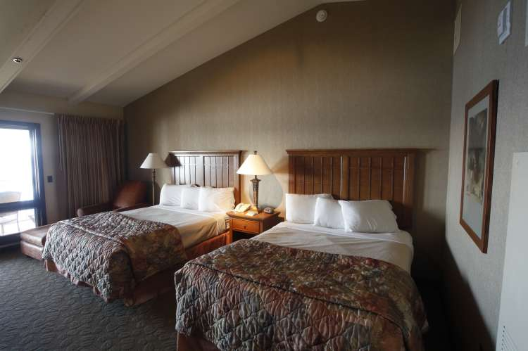 Room at Lake Guntersville