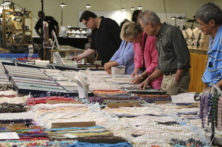 2015_10-9_Largest_Jewelry_Show_in_North_Alabama_(1)_1_1.JPG