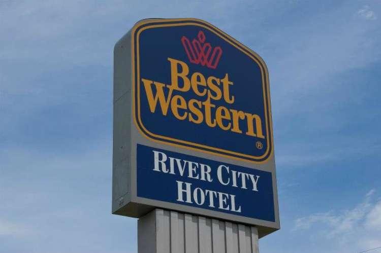 9:10_Best_Western_River_City1.jpg