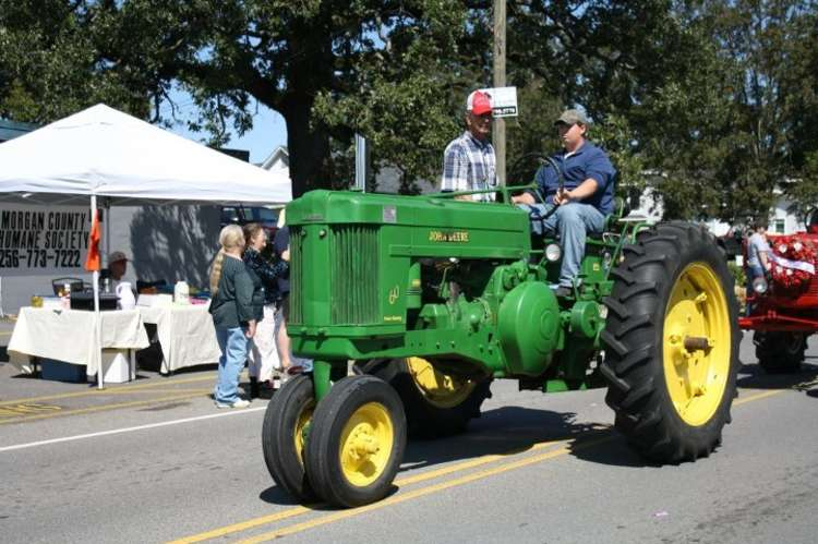 Tractor_Frontier_Days_Picture.jpg
