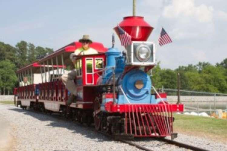 Sportsman Lake Train