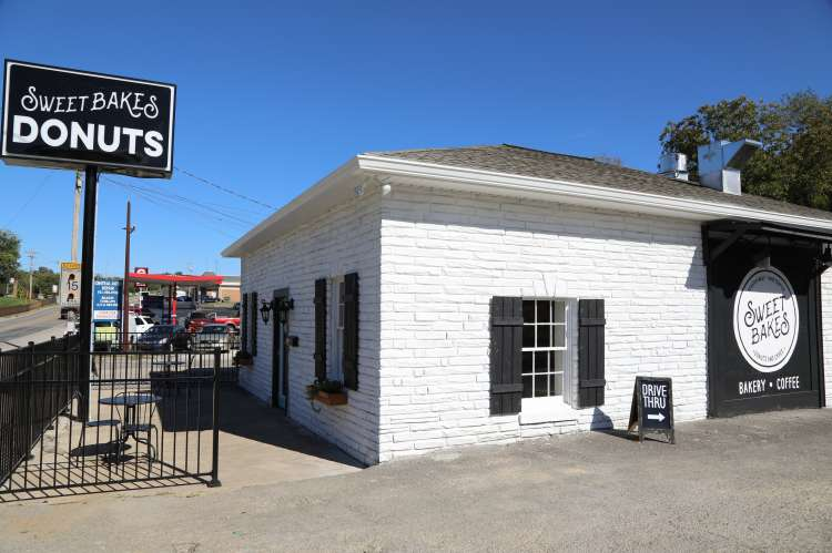 Sweet Bakes New location