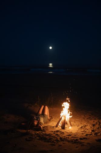 Influencer Beach Fire Night