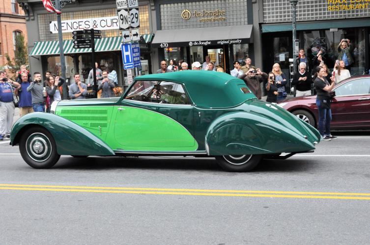 Bugatti parade car 3 two shades of green