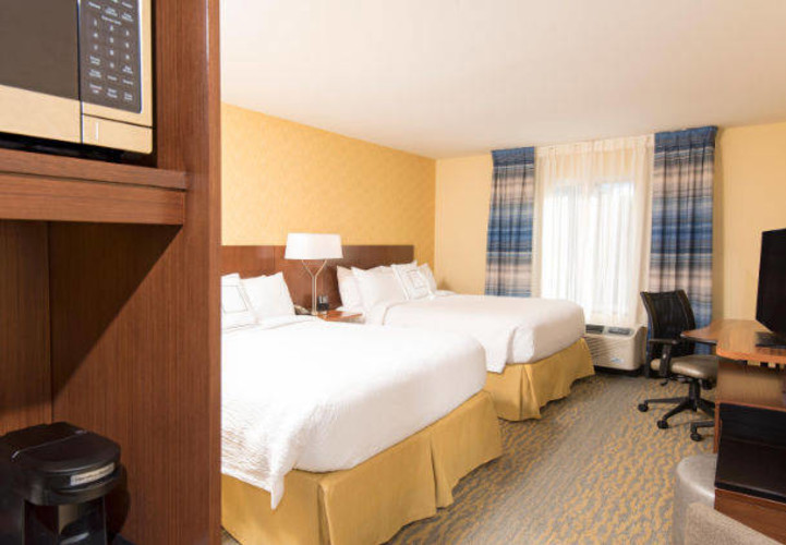 Double Room with 2 Queen Beds