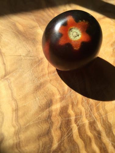 Star Heirloom Tomatoe from Sunshine Farms
