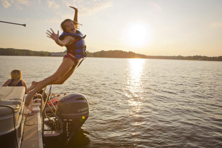 Lake Sinclair Boat Jump