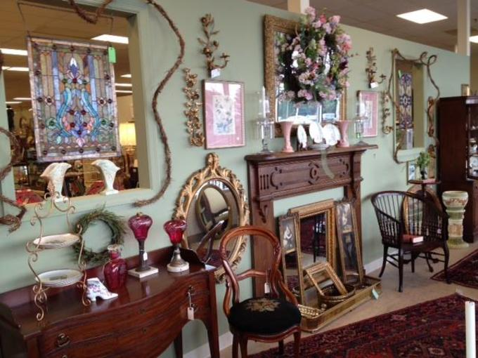 - Trends & Traditions Antique Mall