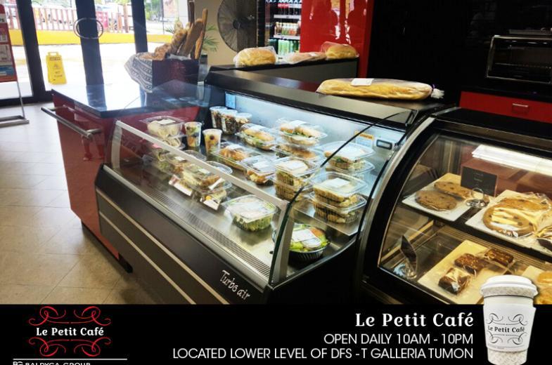La Petit Cafe pic 3