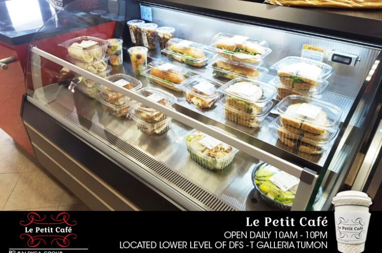 La Petit Cafe pic 4