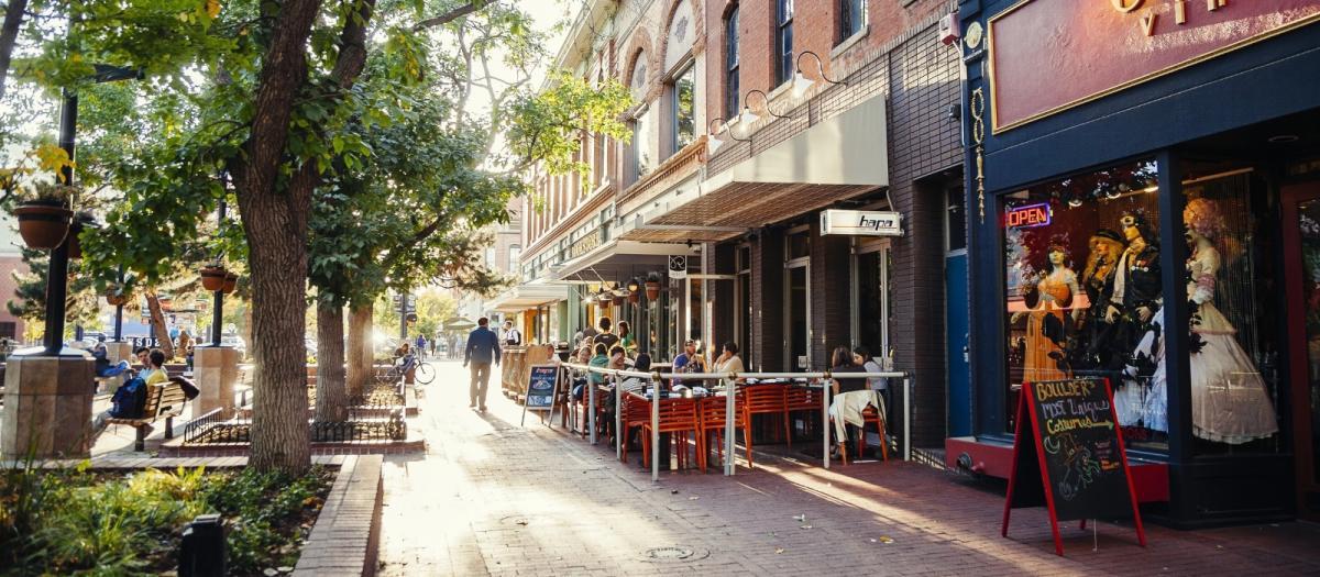 Pearl Street in the Sunlight