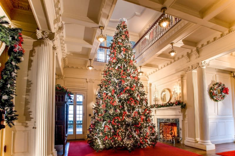 Copy of Blithewold Christmas - Spots Decorated For Christmas In Newport Discover Newport, Rhode