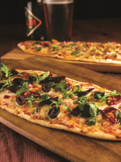 Gourmet flatbread pizzas & beer at Hudson 29