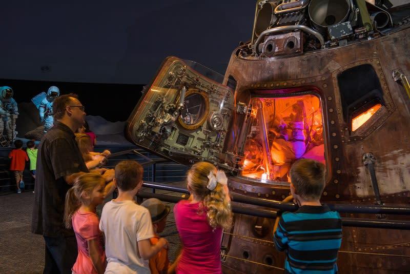 Apollo 17 command module