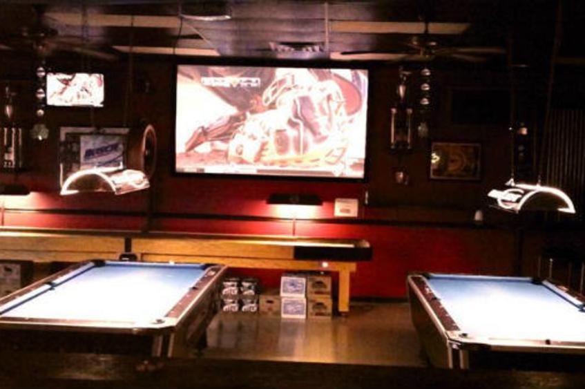 Duchesne Bar & Grill