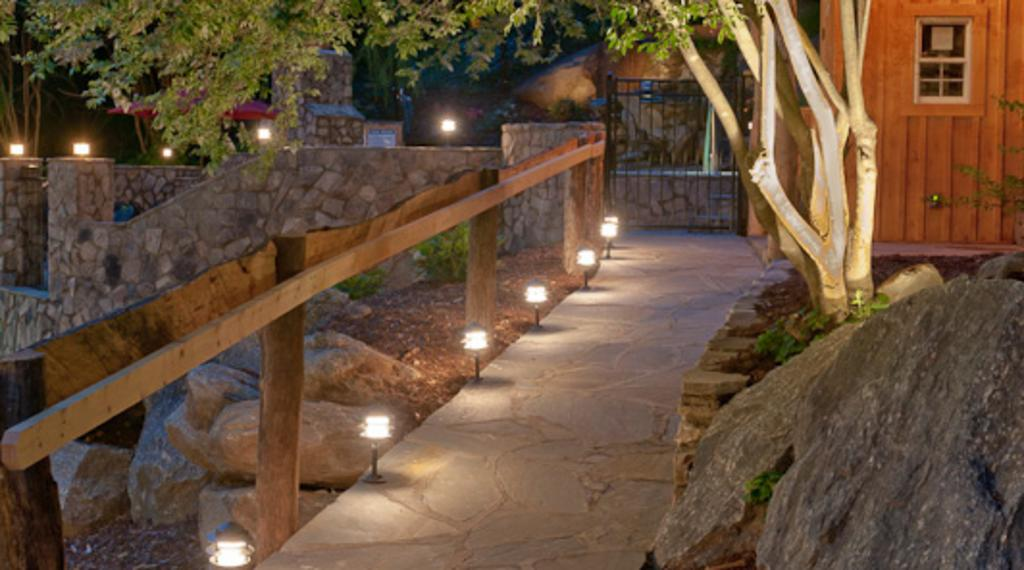 Path to Jacuzzi