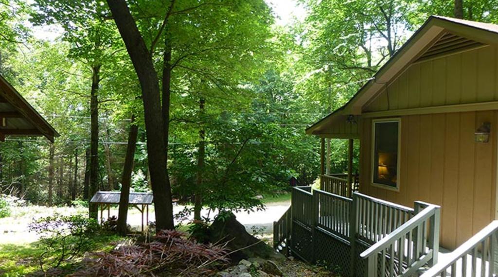 Cottage at World's Edge