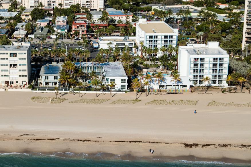 Plunge Beach Hotel - Aerial