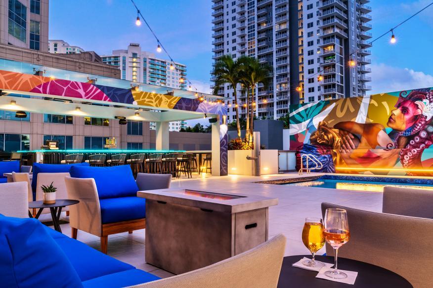 Elev8 Rooftop Bar