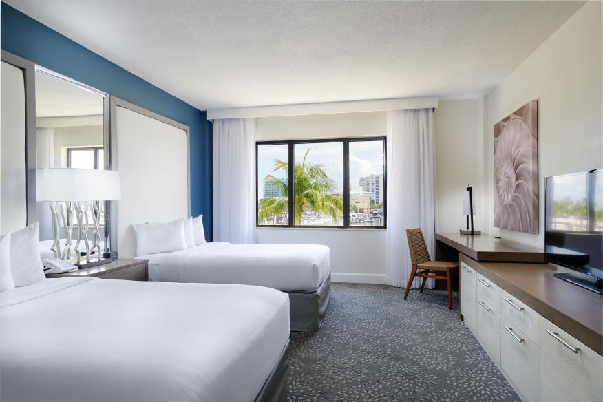 Marina View Guestroom with 2 Double Beds