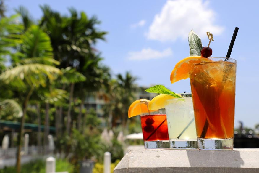 Daily Happy Hours at Boathouse are the best!