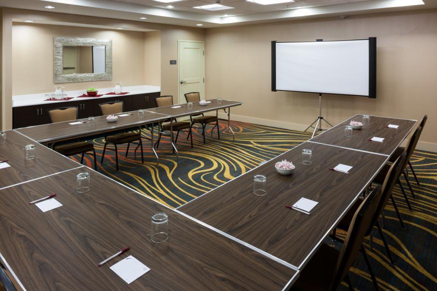 Meeting Room U-Shape Set-up