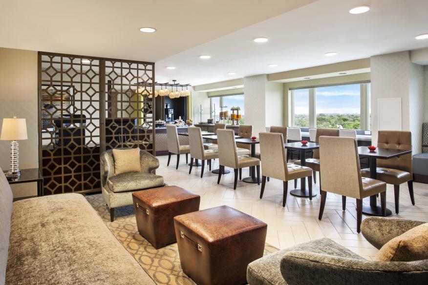 Clun lounge