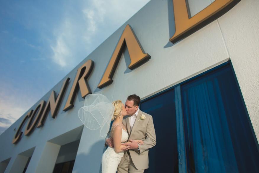 Kissing at the Conrad