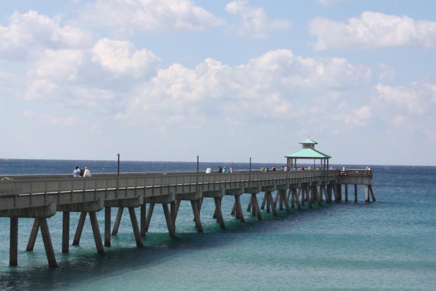 Deerfield Beach International Fishing Pier
