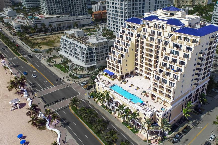 Hotel Front - Aerial photo