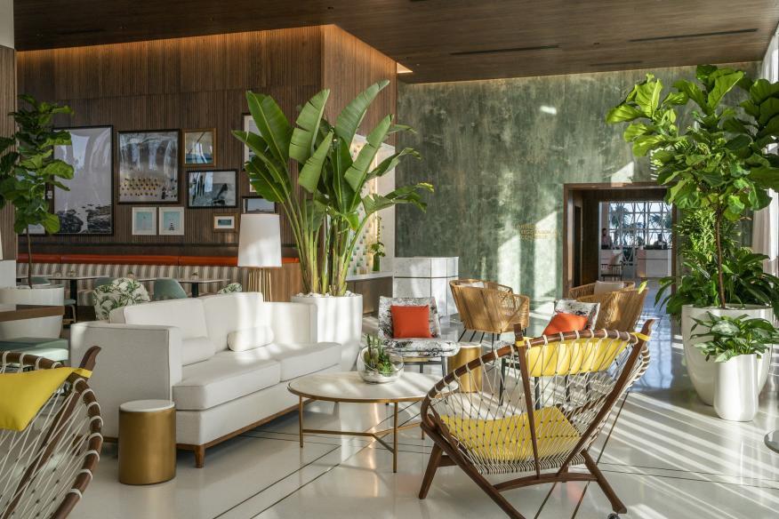 Lobby Bar on 6th Floor
