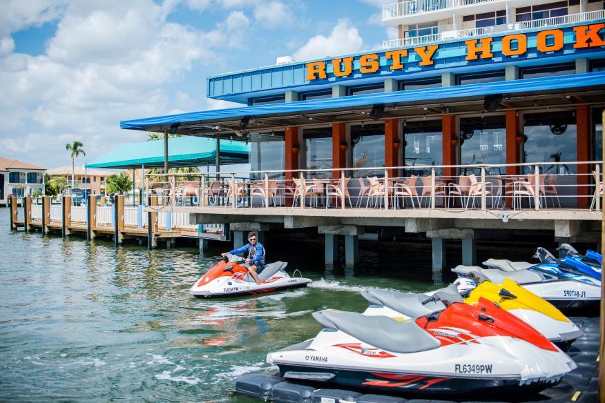 Rusty Hook Restaurant
