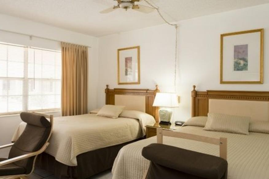 Efficiency 2 Double Beds