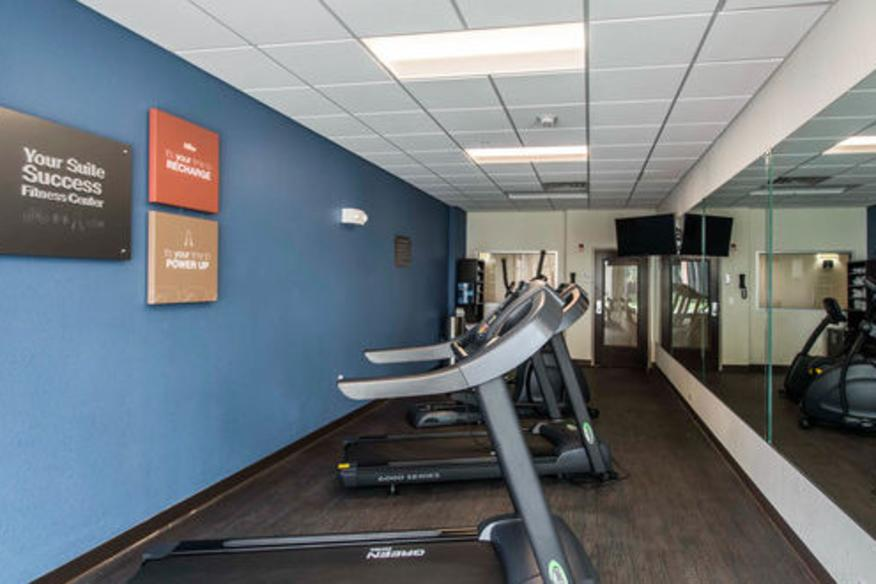 Comfort Suites Fort Lauderdale Airport South & Cruise Port Fitness Center