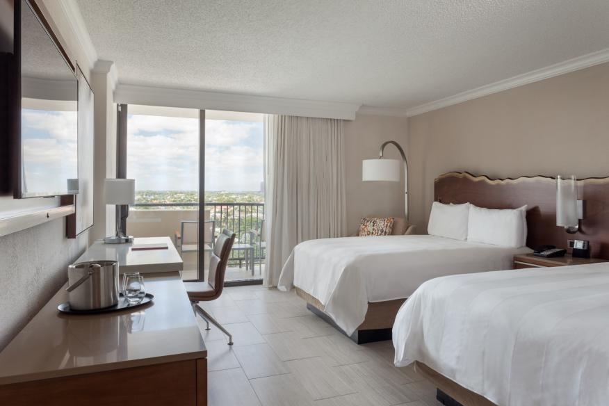 Intracoastal View Double/Double Guest Room